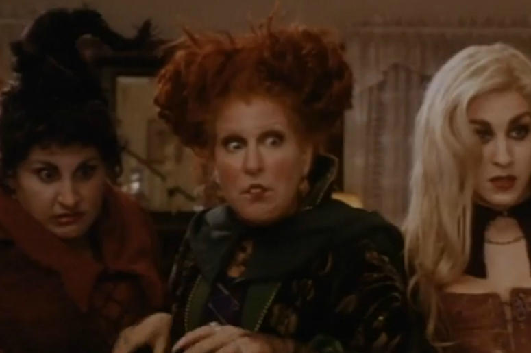 ""\""""Hocus Pocus"""" is one of the many Halloween classics you can watch for nearly free this coming Halloween. Vpc Halloween Specials Desk Thumb""775|515|?|en|2|3e01d03fc83242b0b0587a3c30f915fa|False|UNSURE|0.32210972905158997
