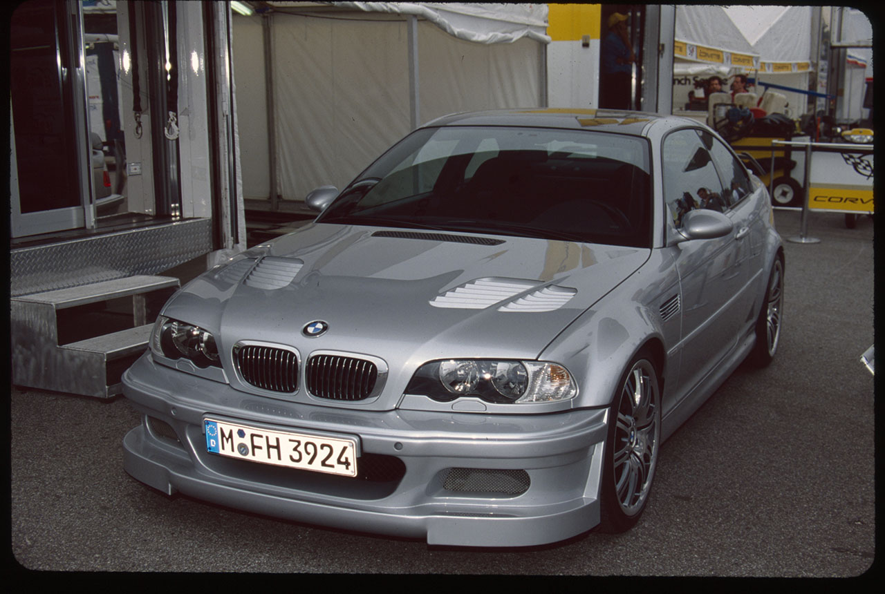 bmw to debut refurbished e46 bmw m3 gtr race and road cars at legends of the autobahn
