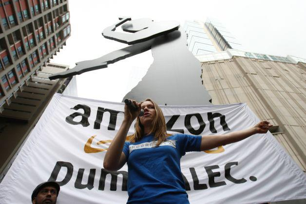 PCCC staffer leads anti-ALEC protest in front of Amazon