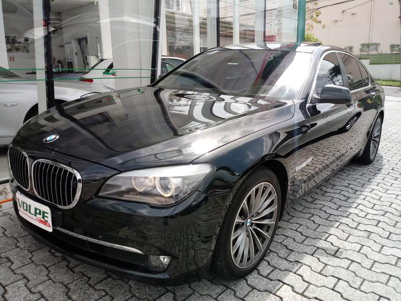 BMW 750ia 4.8 32v 4P
