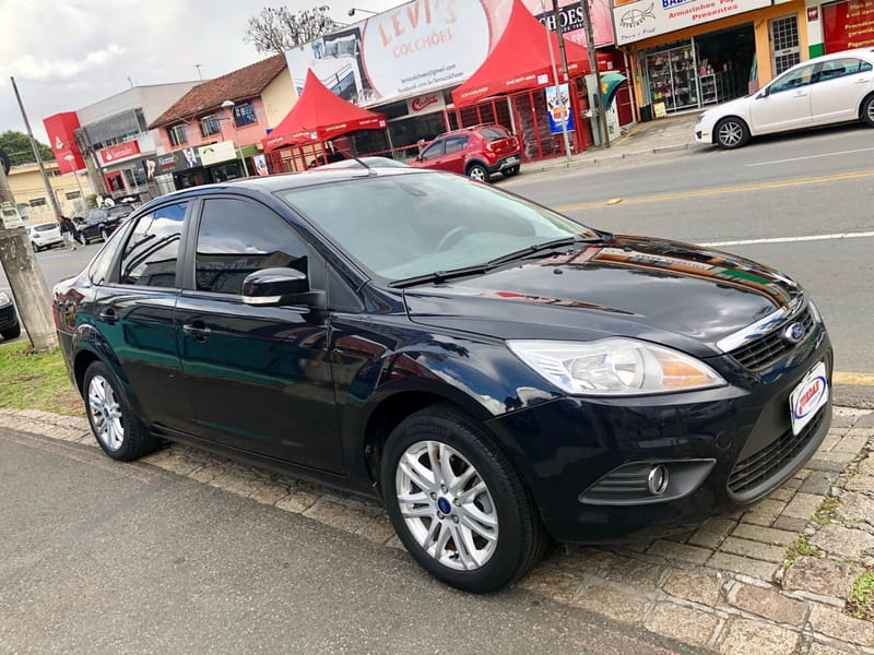 FORD FOCUS SEDAN 2.0 16v(Aut.) 4P