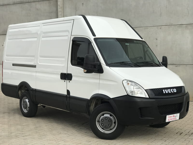 IVECO DAILY 35S14 CHASSI CABINE TURBO INTERCOOLER DIESEL 4P MANUAL