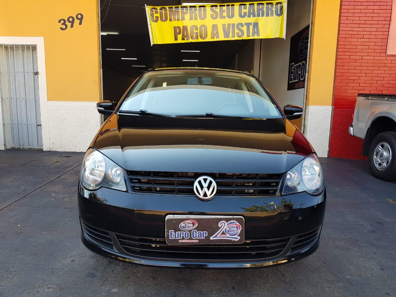 Volkswagen Polo Sedan 1 6 8v 2014 2014 Flex Em Londrina Euro Car