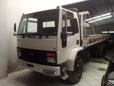 1999 ford cargo 1215 4x2 2p