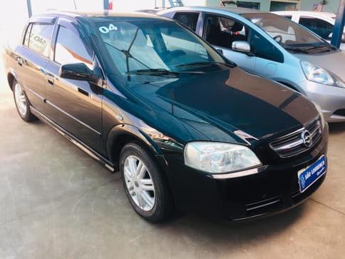 2004 chevrolet astra sedan 1.8 mpfi  4p