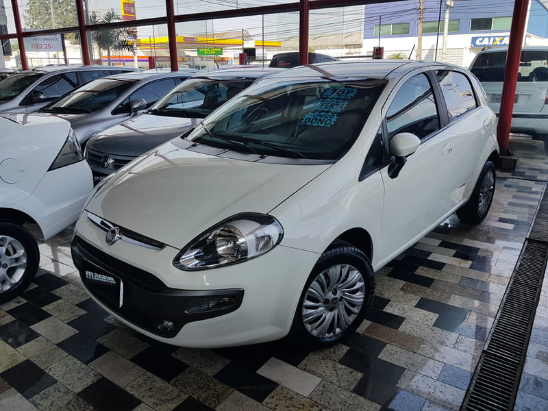 FIAT PUNTO ESSENCE 1.6 DUALOGIC.
