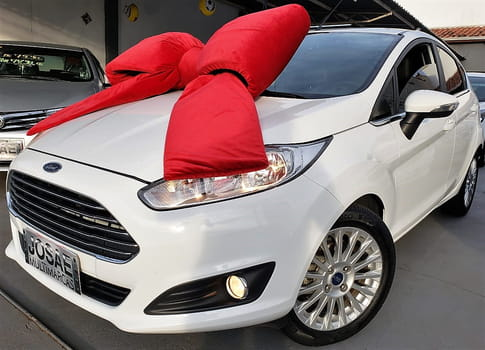 2014 ford new fiesta 1.6 titanium hatch 16v flex 4p powershift