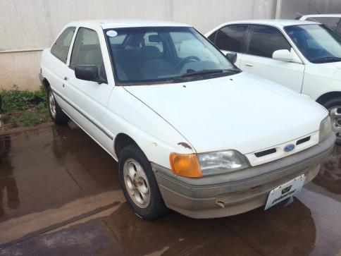 1995 ford escort gl 1.8 i  2p