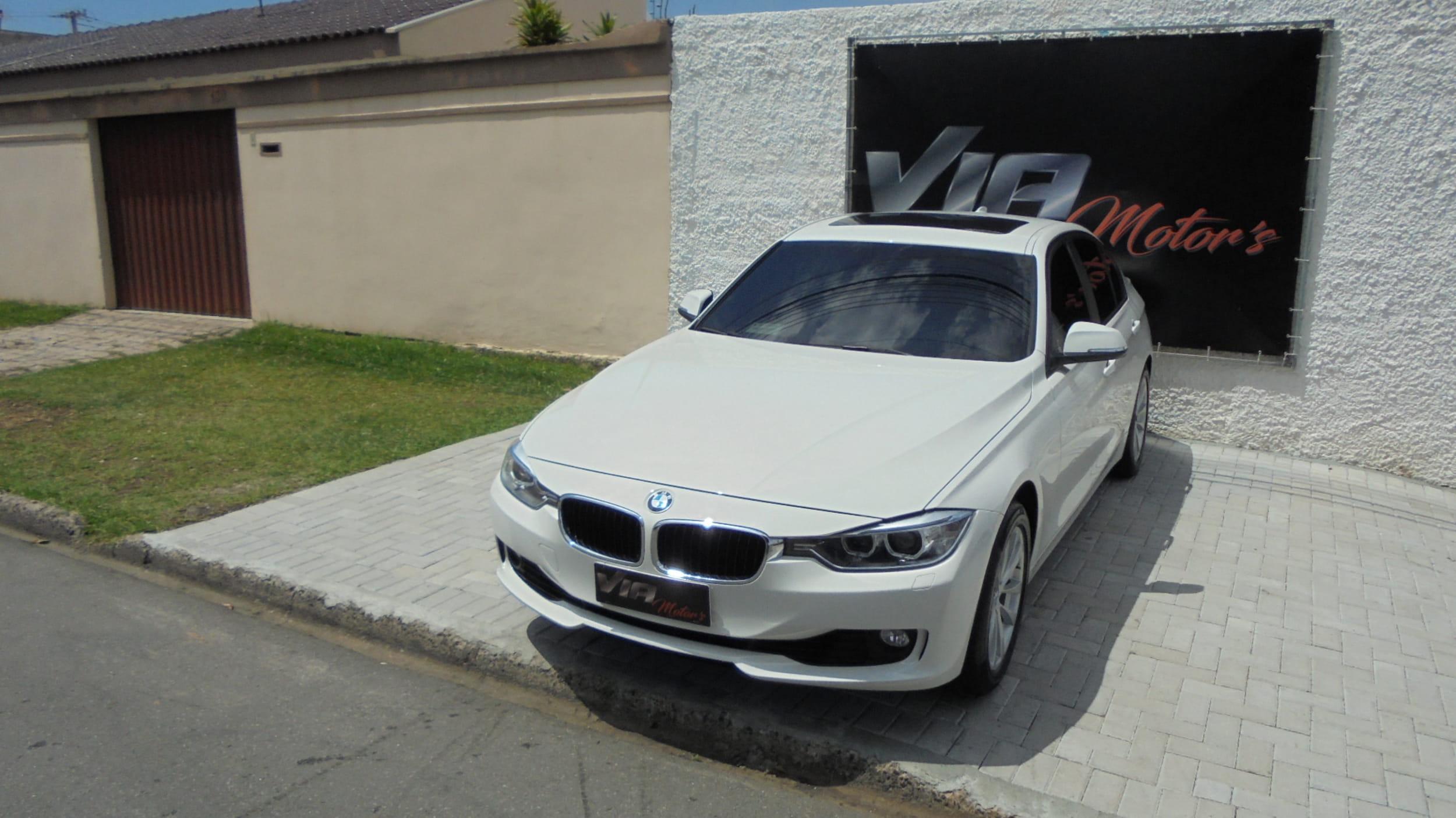 BMW 328IA LUXURY/MODERN 2.0 TB 16V 4P