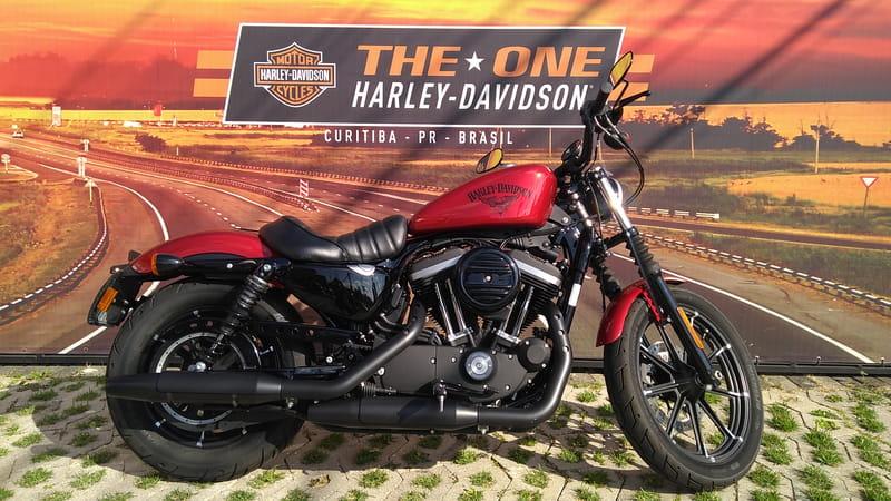 HARLEY-DAVIDSON SPORTSTER XL 883N