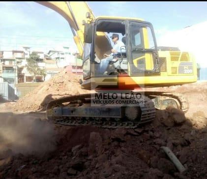 2007 komatsu escavadeira pc 200