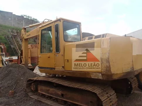 1997 case escavadeira pc 150