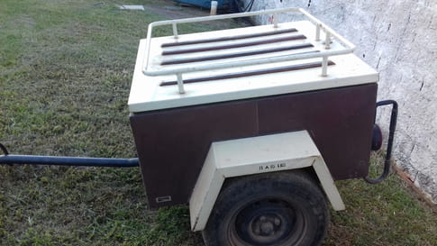 1983 reboque onca bs stand