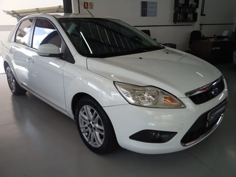 2011 ford focus sedan 1.6 16v 4p