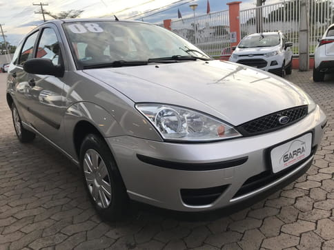 FORD FOCUS HATCH GLX 1.6 8v 4P