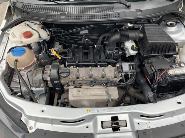 volkswagen - saveiro cs 1.6 starline