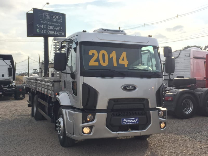 FORD CARGO 1519-T 4X2 2P