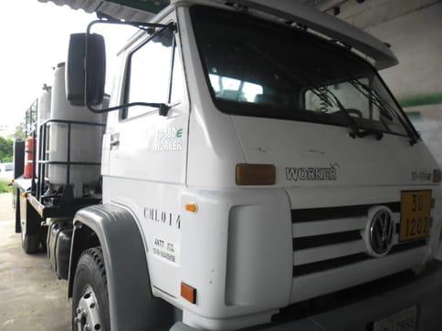 2004 volkswagen 13.180 tb-ic 6x2 3e