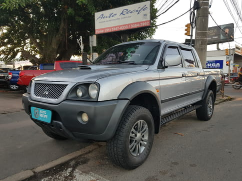 MITSUBISHI L-200 SPORT HPE (C.Dup) 4X4-AT(Outdoor) 2.5 TB-IC Basic
