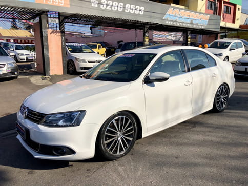 VOLKSWAGEN JETTA HIGHLINE TURBO 2.0 T 200CV