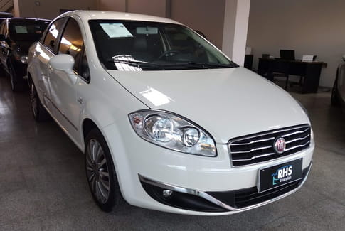 2015 fiat linea absolute 1.8 dualogic