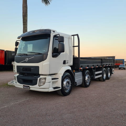 vm 330 8x2 2p diesel e5