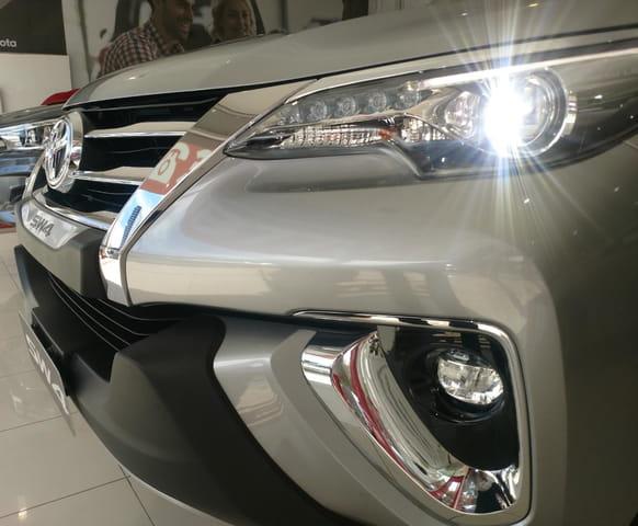Image Toyota Hilux Sw4 2.8 Srx 4x4 7 Lugares 2020