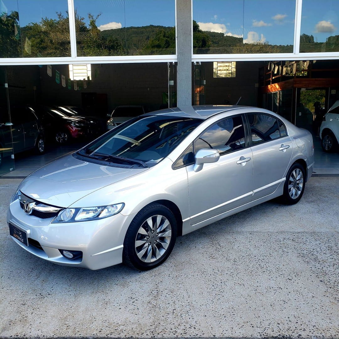 civic lxl 1.8 2011 vale real