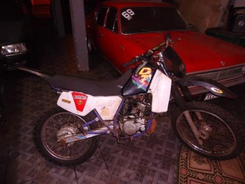 1994 YAMAHA DT 200