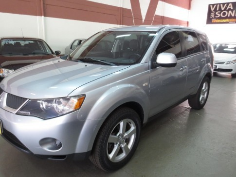 2008 MITSUBISHI OUTLANDER 4X4-AT 3.0 V-6  4P