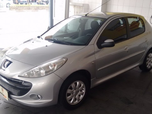 2011 PEUGEOT 207 HATCH XR HB 1.4 8V FLEX 4P