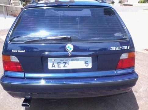 1998 BMW 323ia TOURING 2.5 24v 4P