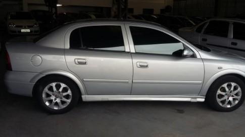 2001 Chevrolet Astra GL Milenium 1.8 MPFI 4p 2001