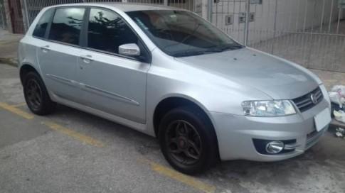 2011 Fiat Stilo 1.8 ATTRACTIVE Flex 8V 5p 2011
