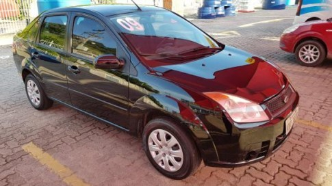 2009 Ford Fiesta Sedan 1.0 8V Flex 4p 2009