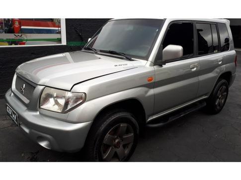 2004 Mitsubishi Pajero TR4