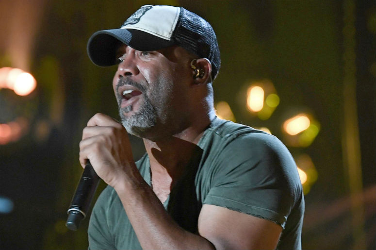 """WATCH: Darius Rucker Performs """"Only Wanna Thank the Troops"""" Parody With Jimmy Fallon"""