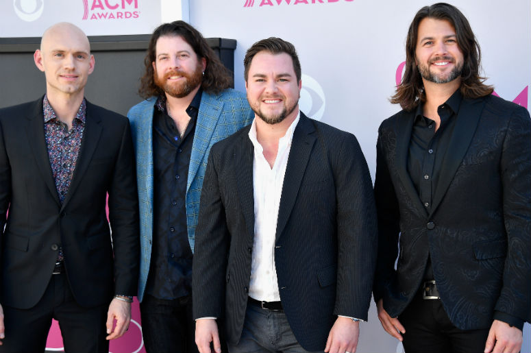 """WATCH: Eli Young Band Debut New Song, """"Love Ain't"""""""