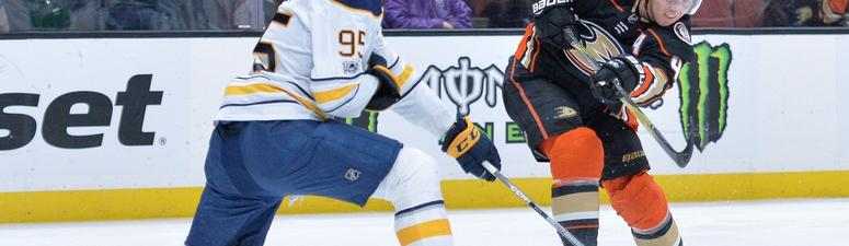 The Sabres trade Justin Bailey to the Flyers