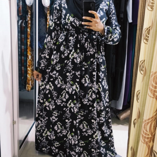 midbutton Maxi abaya with adjustable belt