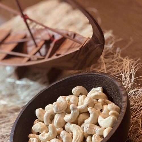 Raw Cashews (200g)
