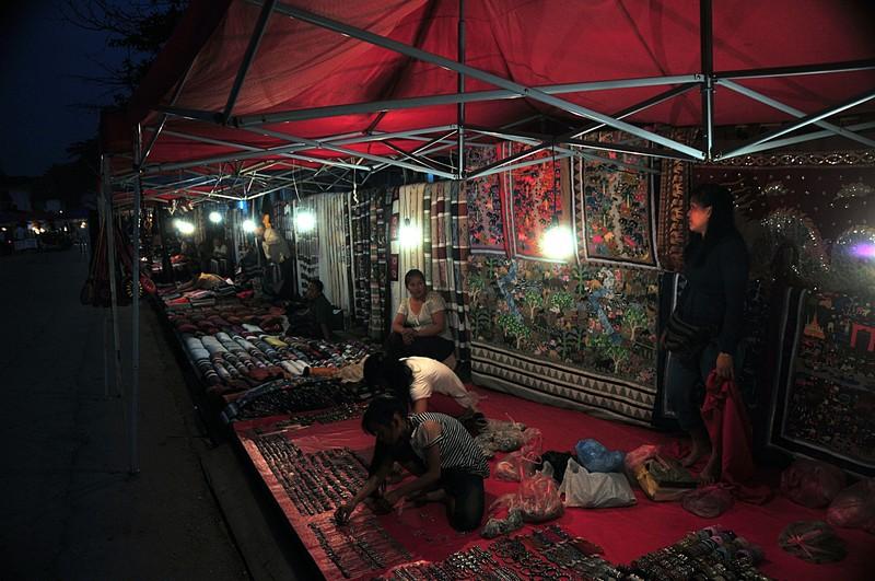apr 01 3197 night market