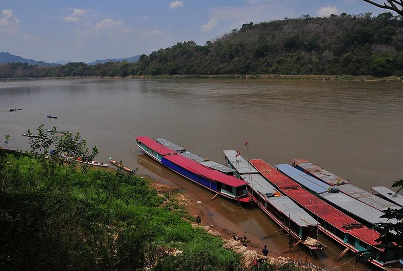 apr 02 3594 river boats