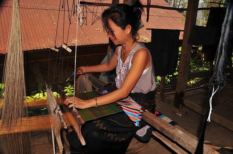 apr 02 3774 weaving