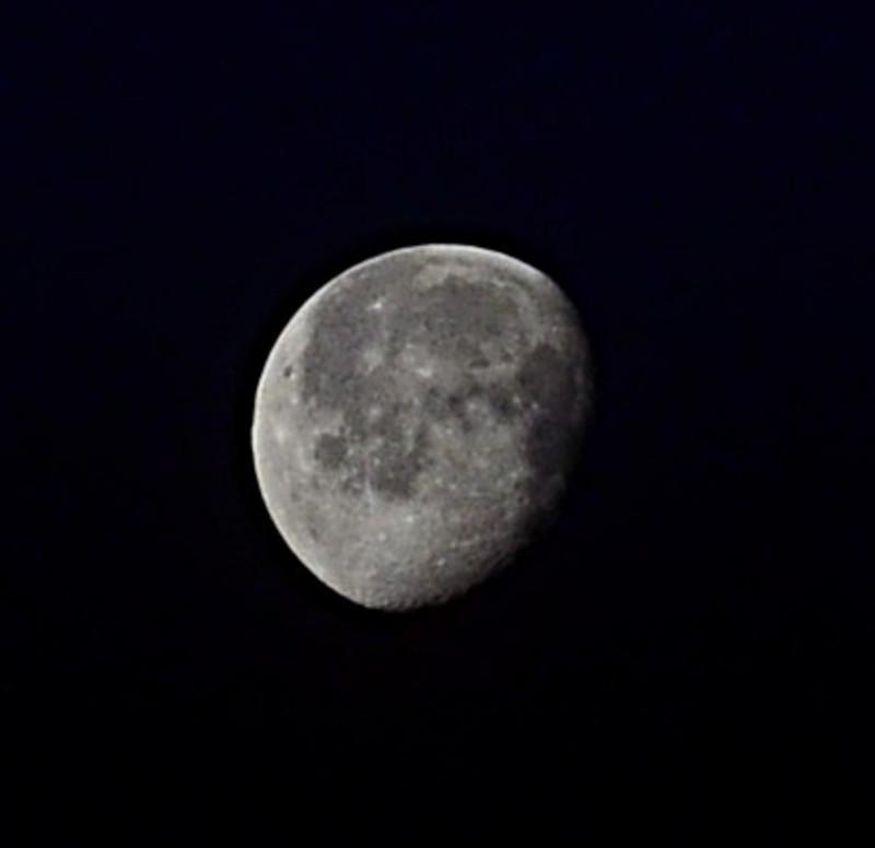 apr 08 6380 moon