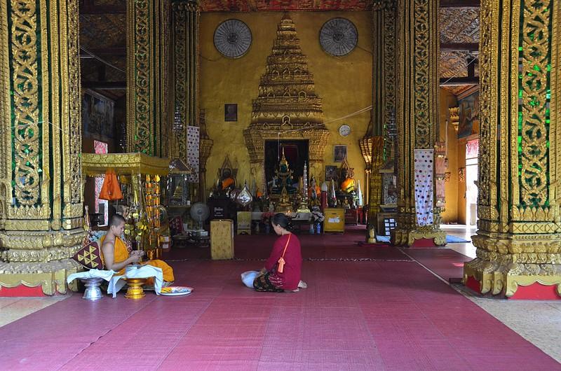 apr 20 0645 inside temple