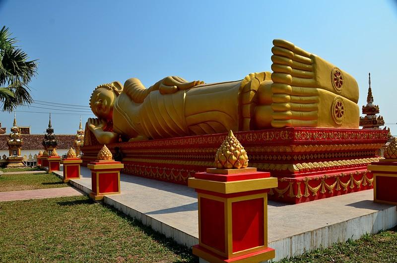 apr 20 0711 buddha feet