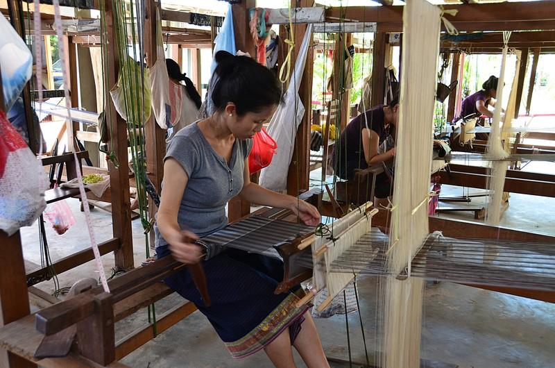 apr 20 0748 weaving