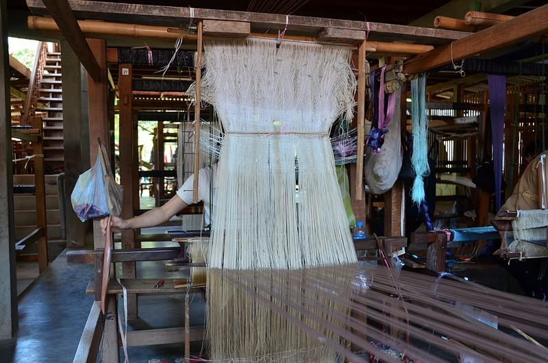 apr 20 0793 behind weaving