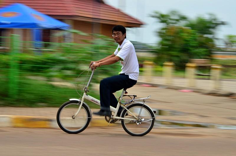 apr 22 1415 bicycle man looking